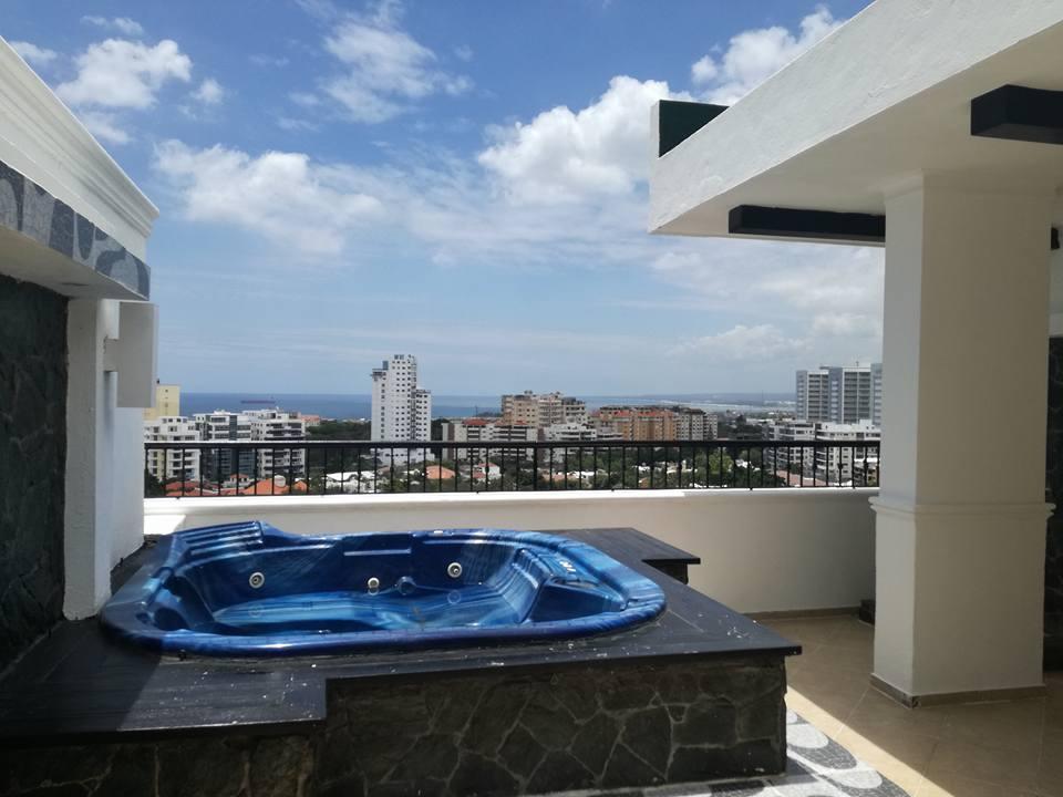Penthouses en Venta Los Cacicazgos, Distrito Nacional