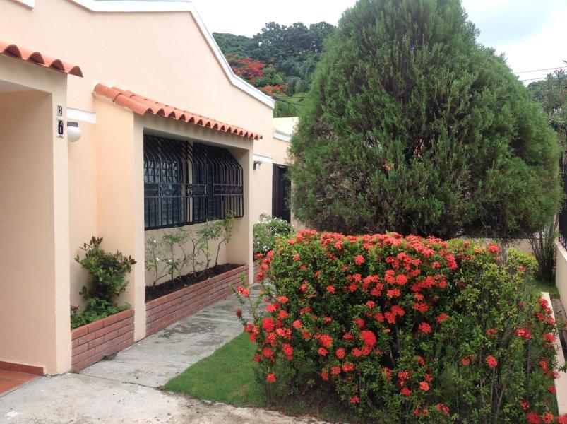 Casas en Venta Altos de Arroyo Hondo, Distrito Nacional