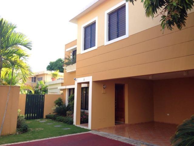 Casas en Venta Los Prados, Distrito Nacional