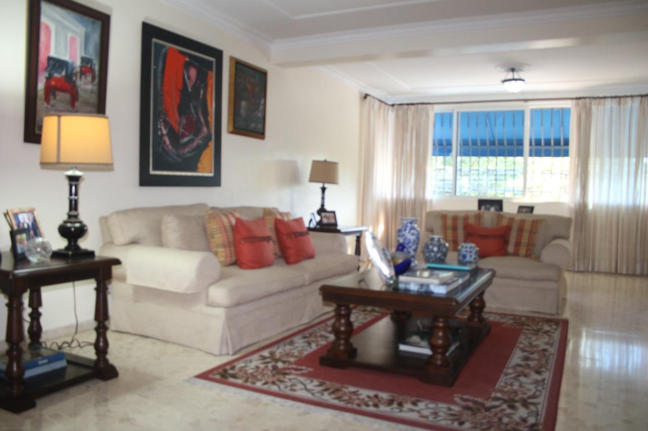 Apartamentos en Venta Los Cacicazgos, Distrito Nacional