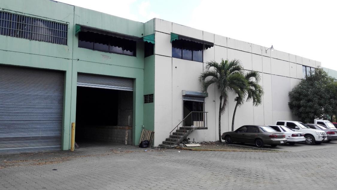 Nave Industrial 825 m2 Los Alcarrizos