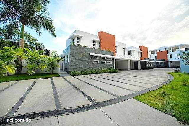 Casas en Venta Cuesta Hermosa III, Distrito Nacional