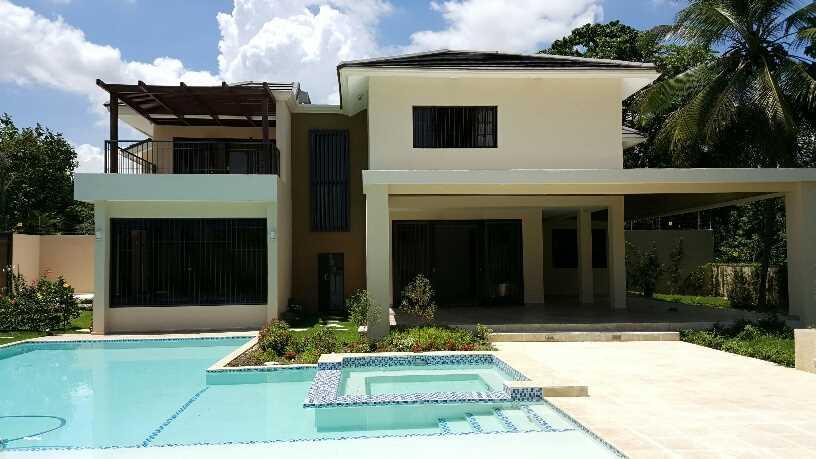 Casas en Venta Arroyo Manzano, Distrito Nacional
