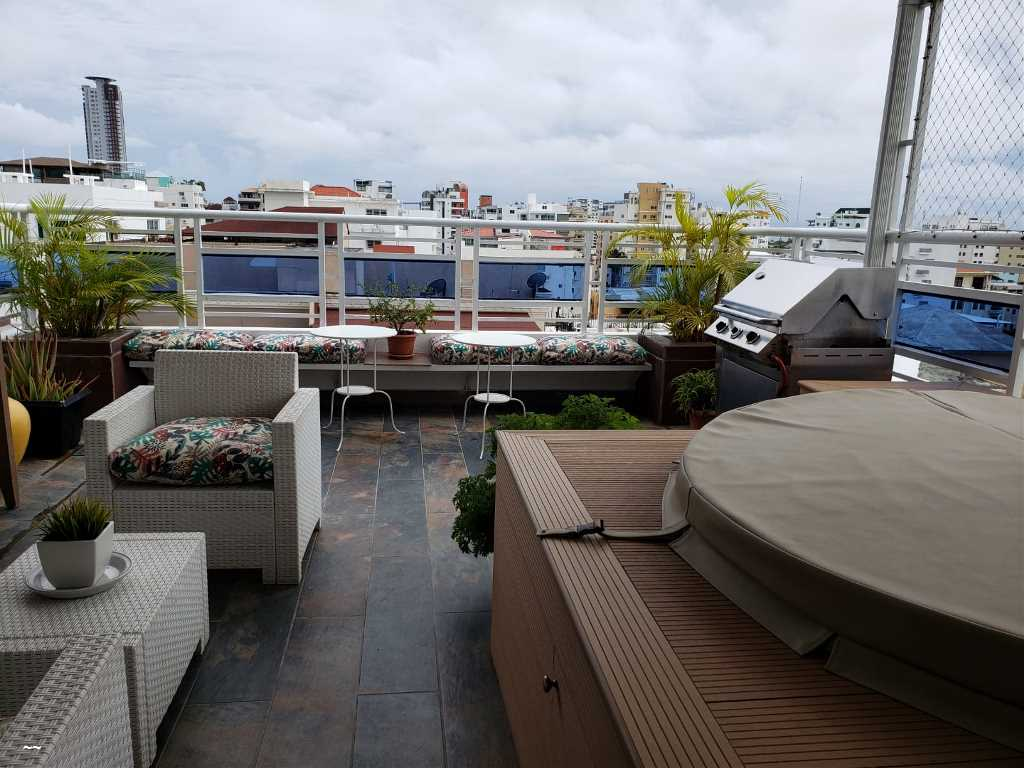 Próximo a Downtown Center -Moderno -Area social con Jacuzzi -Buen Mobiliario
