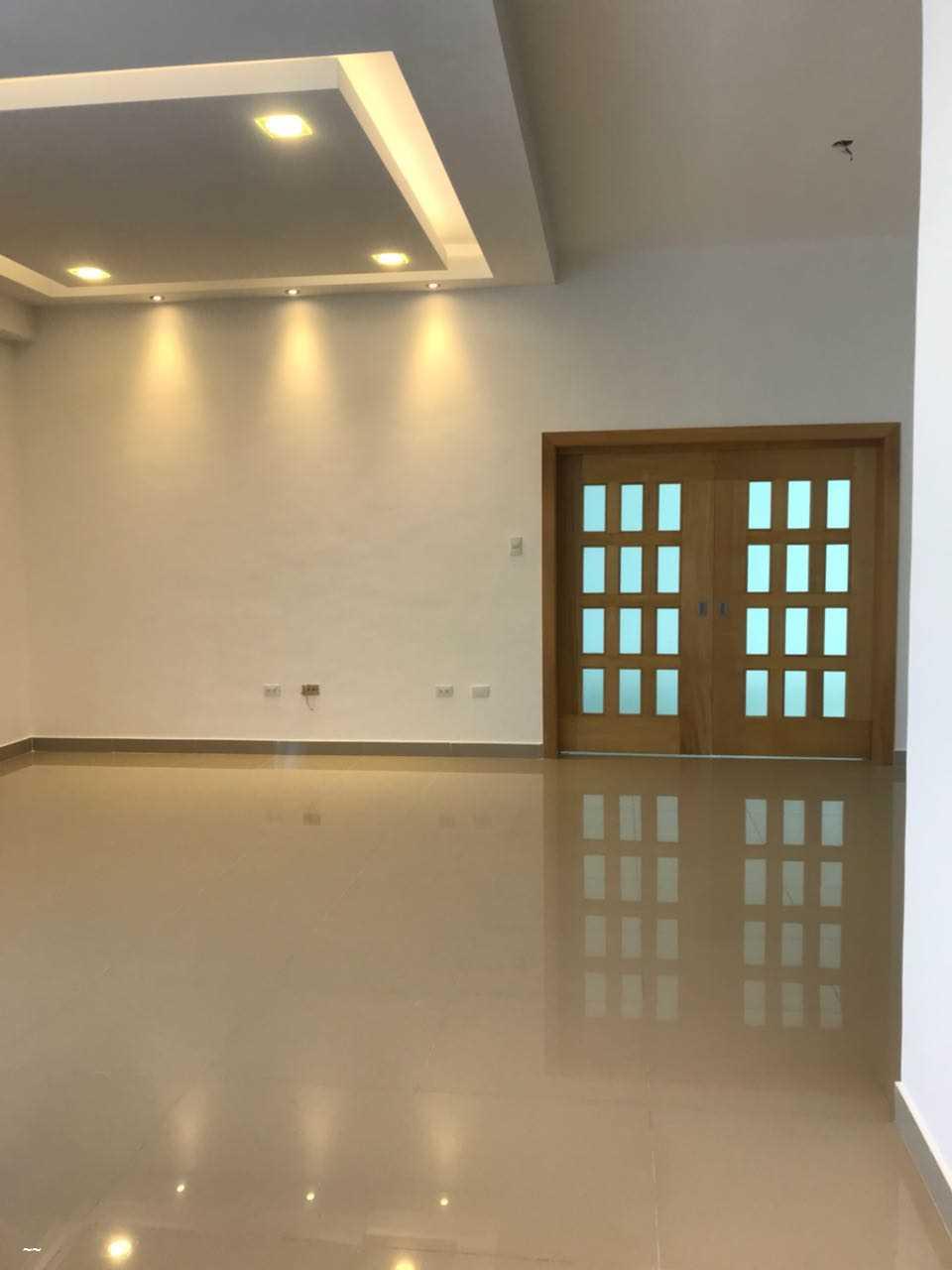 Apartamento en alquiler con Linea Blanca en La Julia