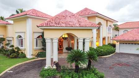 Casa en Arroyo Hondo ll