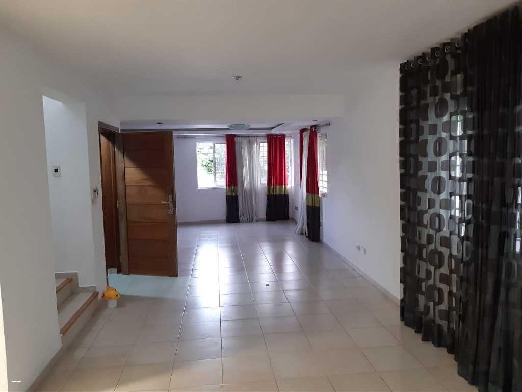 Proyecto Residencial casa duplex de 2 niveles.